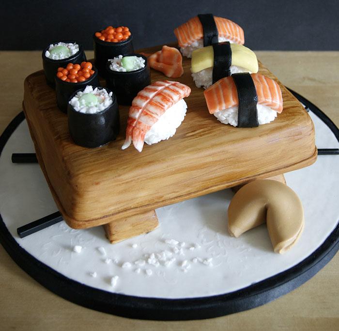 Laura Loukaides Kuchen (Cake) Sushi