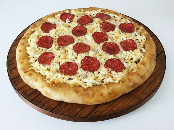 Laura Loukaides Kuchen (Cake) Pizza