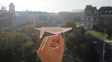 Anleitung zum perfekten Papierflieger