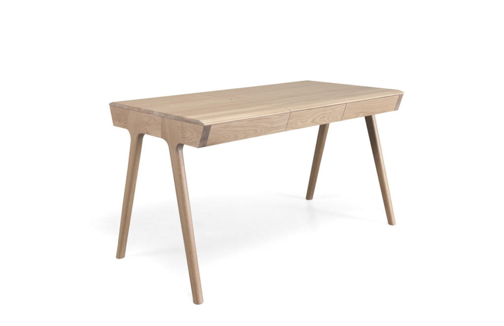 Schreibtisch Stauraum metis: dieser schreibtisch bietet ordentlich stauraum | knizz mit stil