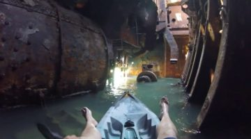 Mit dem Kayak durch ein Schiffswrack (Lost Place)