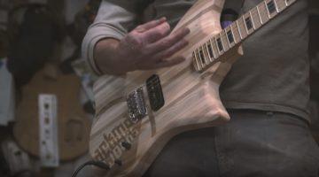 E-Gitarre aus Palettenholz von Jackman Works